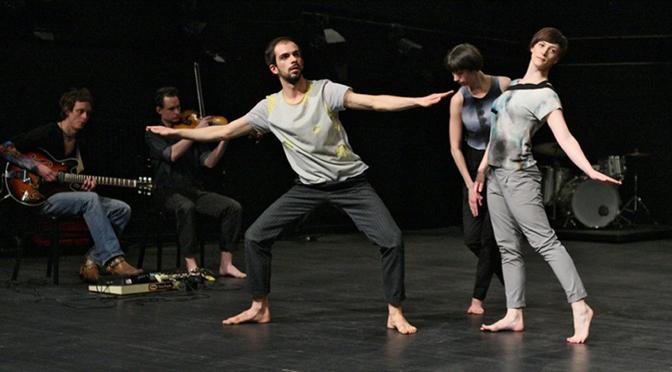 """Mittelfest 2015 a Cividale: La pièce ungherese """"Skin me"""" al festival internazionale di musica, teatro, danza e marionette"""